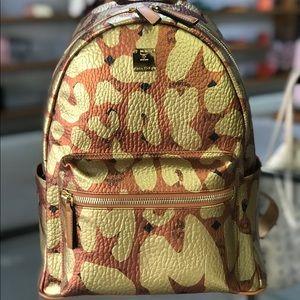 ❤️MCM Stark MCM Leopard Print Backpack Cognac clr